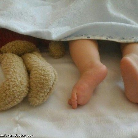 قربونه پاهایه خوشگلت نفسم عشقم همه ی کسم