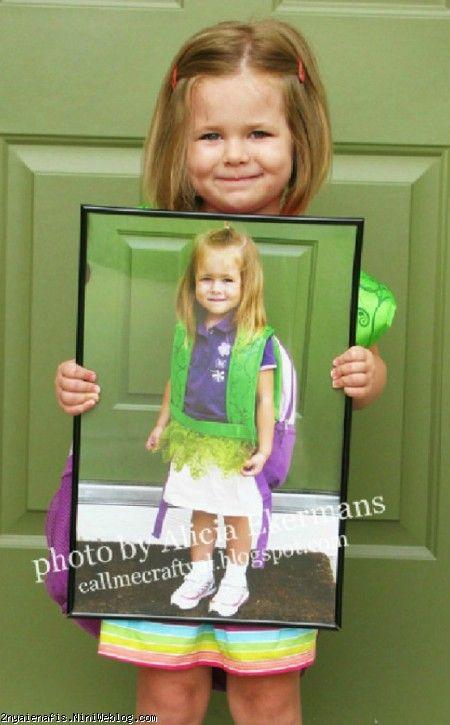 ایده های عکاسی: دو زمان در یک عکس روز پایان سال تحصیلی از کودک به همراه عکسی که روز اول سال تحصیلی از او گرفته اید، عکس بگیرید. میتوانید این کار را برای بازههای زمانی متفاوت – نه فقط تحصیل- انجام دهید.