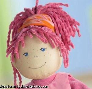 عروسک قشنگ من قرمز پوشیده
