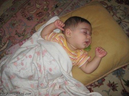 عسل مامان تو یه خواب شیرین
