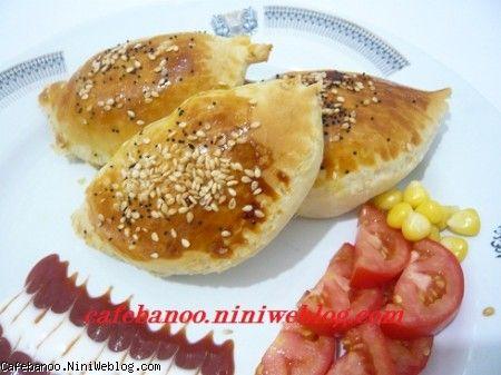 پیراشکی گوشت و قارچ