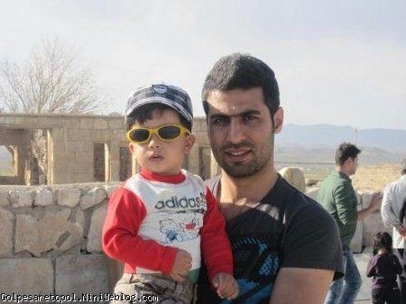 مهبد و عمو مسعود در پاسارگاد