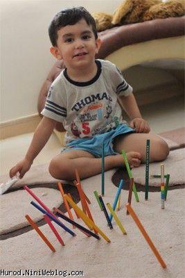 کار حلاق با مداد رنگی