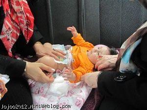 تعویض پوشک نوزاد