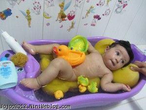 روش های حمام کردن نوزاد