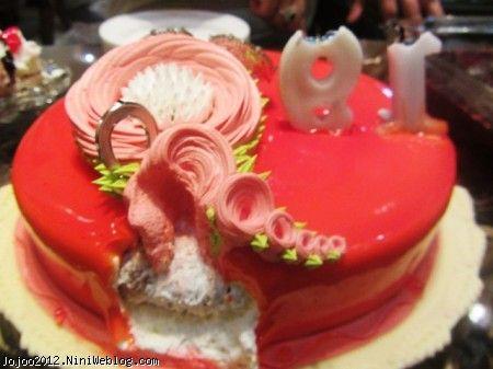 کیک قرمز