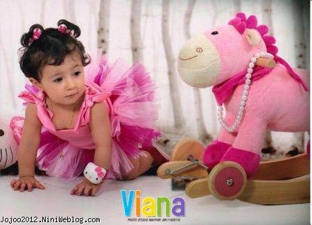 آتلیه عکس کودک با نمک ویانا