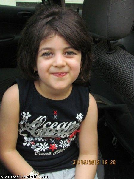 روژان خوشگله