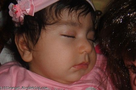 سلدا کوچولو خوابیده