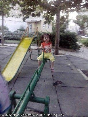 احر هفته مبینا خانم در پارک و دوچرخه سواری دختر گلم