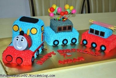 thomas birthday cake