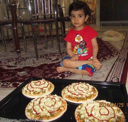 پیتزا درست کردن با مامانی